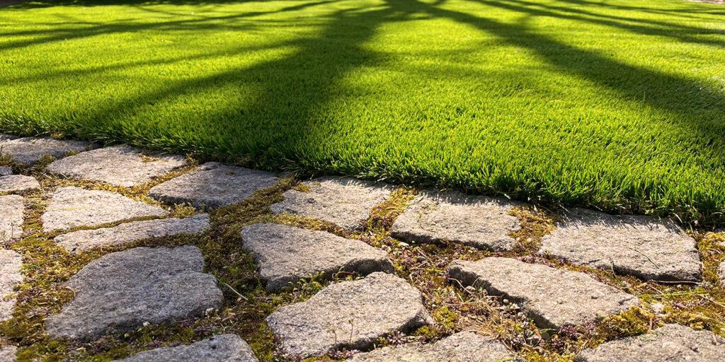 Kunstrasen für Terrasse und Garten